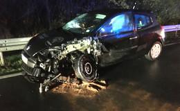 Unfall auf der B 27 bei Bernhards - zwei Autos beteiligt