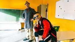 Rapper Dustin und Hausmeister Krause drehen Musikvideo