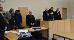 SEK-Beamter von Zug erfasst: Prozess gegen zwei Rumänen