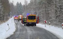 Von Fahrbahn abgekommen: Alleinunfall auf der L 3378 - Frau leicht verletzt