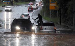 Deutscher Wetterdienst warnt vor Unwettern: Starkregen erwartet
