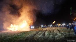 Landwirte demonstrieren: Mahnfeuer in Schlitzenhausen