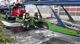 Bremsen heiß gelaufen: Lkw-Reifen fangen Feuer