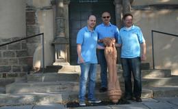 Heimatverein bringt restaurierte Liobafigur wieder zurück an ihren Platz