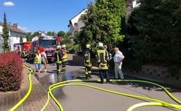 Feuerwehr im Einsatz: Waschmaschine im Keller gerät in Brand