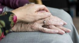 Ab sofort: neue Lockerungen in Senioren- und Pflegeheimen