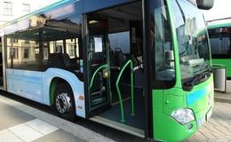 Sexuelle Belästigung im Stadtbus: Mann berührt 21-Jährige unsittlich