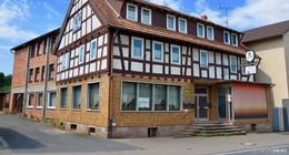 Gemeindevertretung wiil Löwen für 60.000 Euro kaufen - Abrissantrag
