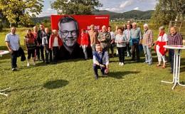 Mit Eis und viel Zuversicht: Michael Roth startet in den Wahlkampf
