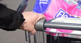 Einkaufswägen als Virenschleudern? - Griffschutz aus dem Baumarkt