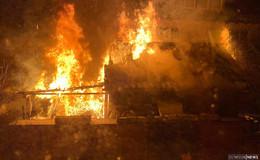 Erneuter Einsatz in der Rhön: Holzhütte brennt vollständig aus