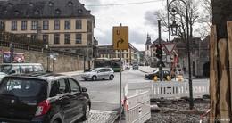 Ampeln auf Friedrichstraße werden erneuert - Ersatzampel aufgebaut