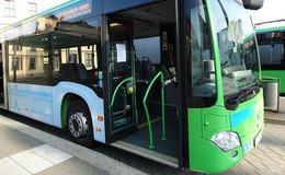 Mit Bus und Bahn unterwegs: Das ändert sich zum neuen Jahr im RMV