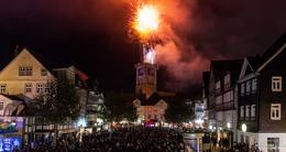 Farbenfrohes Spektakel: Grandioses Feuerwerk begeistert Lullusfest-Besucher