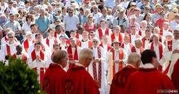 Bonifatiusfest mit Kaiserwetter und 9.000 Pilgern
