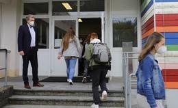 Erstmals seit Monaten: Alle Schüler zurück in den Klassenräumen