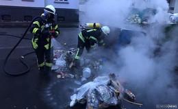 Zeugen gesucht: Mülltonnen in der Innenstadt in Brand gesetzt