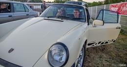 Premiere in der Burgenstadt: Autokino startet mit dem Film Car Napping