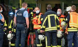 Feuerwehreinsatz in der Frankfurter Straße bei Verlag Parzeller
