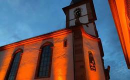 Literatur am Kirchplatz: Lesungen in stimmungsvoller Atmosphäre