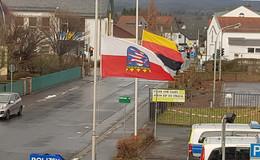 Ein Jahr nach der Flaggen-Affäre: Ein Verfahren noch nicht abgeschlossen