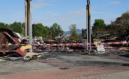 Nach Großbrand in Metallbaubetrieb: Ursache weiterhin unklar