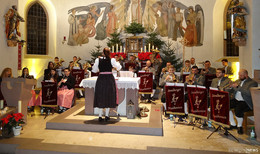 Weihnachtliche Stimmung in der Sandberger Pfarrkirche