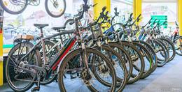 Von wegen Rentner-Rad! - E-Bikes werden immer beliebter