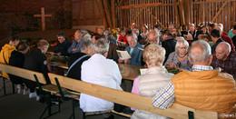Mehr als 200 Christen feiern Supertag auf Gut Weihershof