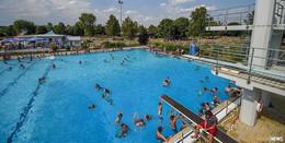 Freibad Rosenau: Öffnung erst bei niedrigen Inzidenzen