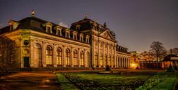 Die Domstadt macht mit: Symbolische Dunkelheit zur Earth Hour