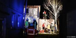 Kachelofen löst Brand in privater Werkstatt und Schreinerei aus