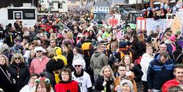 Tausende Jecken feiern beim Umzug in Rommerz - Bilderserie
