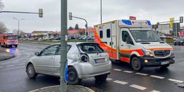 Rettungswagen-Crash in der Frankfurter Straße - Glück im Unglück