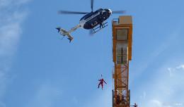 Bewusstloser Kranfahrer: K+S-Höhenretter retten Mann aus 50 Metern Höhe