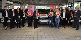 Vier glückliche Gewinner beim PS-Los-Sparen haben VW T-Roc gewonnen