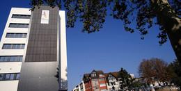 Das Treppenhaus erzeugt Strom - Photovoltaikanlage in der Breitenstraße
