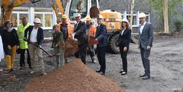Finanzminister Thomas Schäfer treibt Entwicklung am Studienzentrum voran