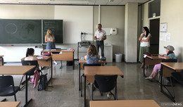 MdL Hering besucht Ferienakademie - Mehr als nur Auffrischung von Lernstoff