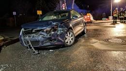 Unfall auf Landstraße bei Dirlos: Drei Autos beteiligt - vier Leichtverletzte