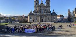 Für den Frieden auf der Welt: Bischof Gerber begrüßt 400 Sternsinger