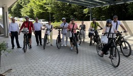 Eichhof-Stiftung bietet Mitarbeitern E-Bikes zum Leasen an