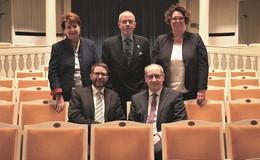 "Kreis übernimmt ""Stuhlpatenschaft"" im Comoedienhaus"