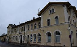 Tödlicher Zwischenfall im Bahnhof: Person von Zug erfasst