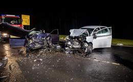 Frontalcrash zwischen zwei Pkw auf L3292: 62-Jähriger tödlich verunglückt