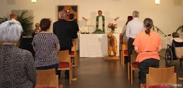Gottesdienstfeier mit Bischof Dr. Michael Gerber bei der Caritas