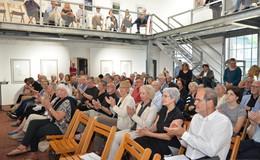 Gomringer, Sayler und Linschinger bei der Vernissage im Museum Modern Art