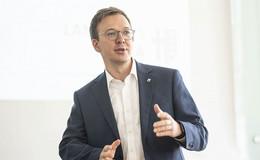 Vize-Landrat Frederik Schmitt: Die Pandemie wird uns noch viel abverlangen