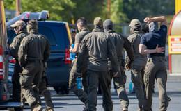 SEK-Einsatz: Zeugen melden Person mit angeblicher Schusswaffe vor Moschee!