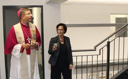 Einweihung modernisierter Caritas-Pflegeschule mit Bischof Dr. Michael Gerber